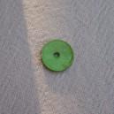 http://www.defilenperle.com/10921-thickbox/bouton-nacre-10mm-vert.jpg