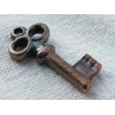 Breloque clé 17x8 cuivrée