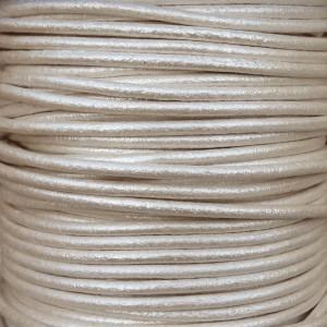 Lacet en cuir 2mm Argent clair métallisé - 1 mètre